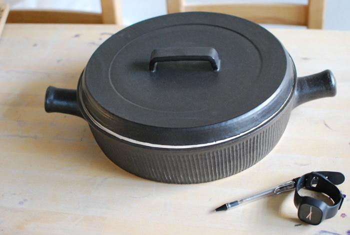 大きな土鍋が焼けました_b0205379_16544029.jpg