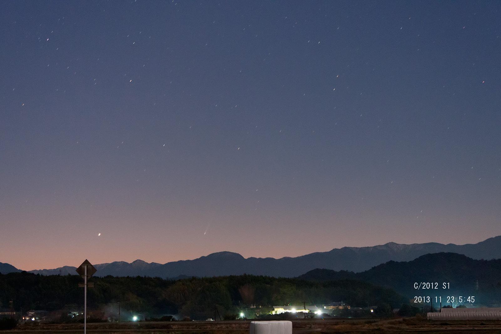 11月23日のアイソン彗星_e0174091_09164967.jpg