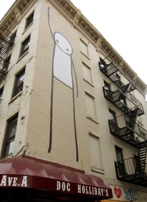 "NYのイースト・ビレッジに""Liberty""ってタイトルの巨大壁画が登場_b0007805_06727.jpg"