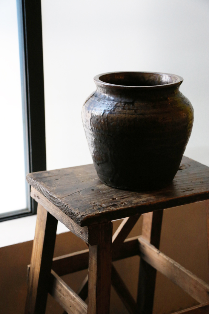 「壷と台」_f0192906_1830459.jpg