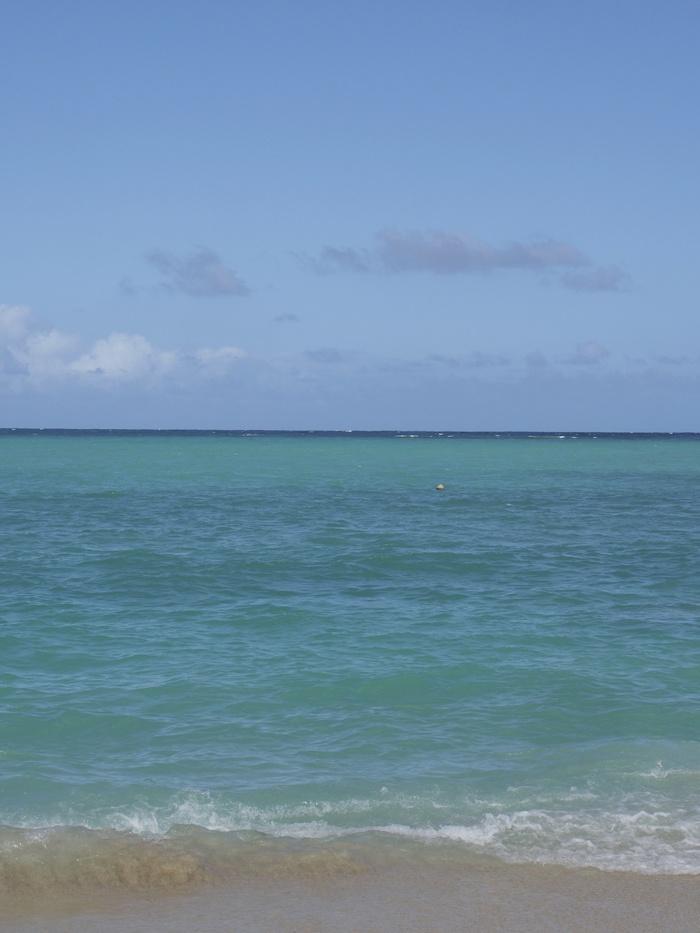 2013 10月 ハワイ(31)  ラニカイビーチへ  幸せ〜_f0062122_1112027.jpg