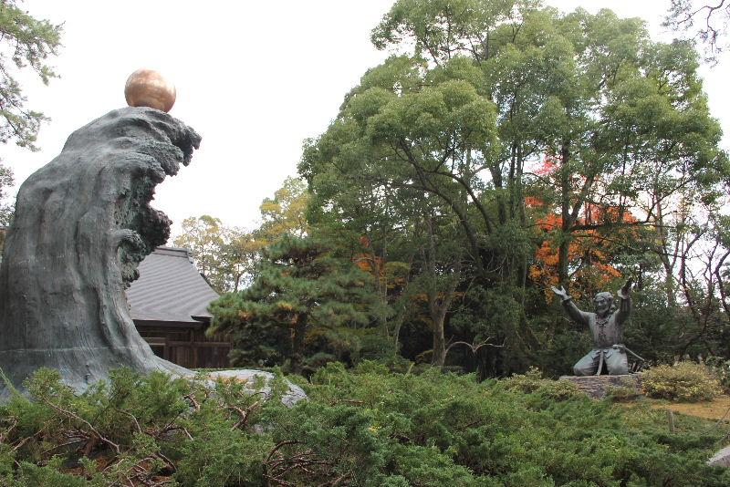 日本神話の旅 【出雲大社】_c0011649_7332366.jpg