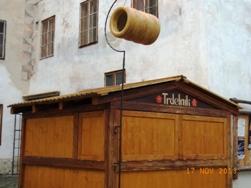 Czech Republic チェスキー・クルムロフの町_e0195766_8383542.jpg