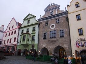 Czech Republic チェスキー・クルムロフの町_e0195766_8384839.jpg