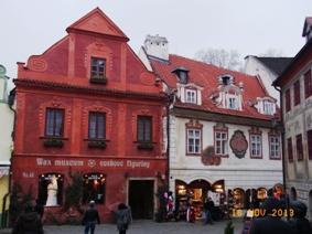 Czech Republic チェスキー・クルムロフの町_e0195766_8385546.jpg