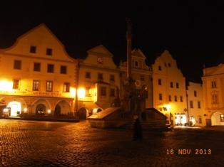 Czech Republic チェスキー・クルムロフの町_e0195766_8464189.jpg