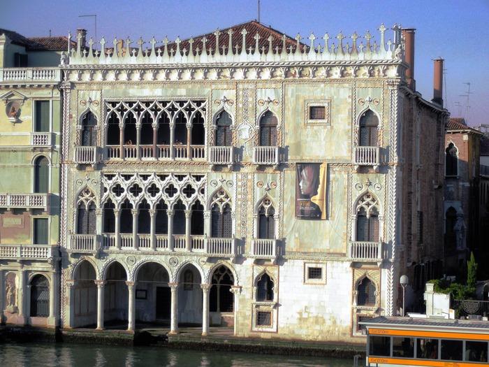 """ヴェネチアのカ・ドーロ\""""Ca\' d\'Oro\""""とマンテーニャの「聖セバスティアヌス」_d0116009_11165290.jpg"""
