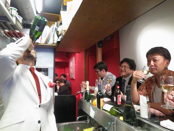 ゆうちゃんバースデーROUND43IN新宿チキン_a0019032_2230187.jpg