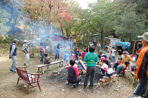 「きのくに子どもNPO」が孝子の森にやってっ来た     by     (TATE-misaki)_c0108460_2301029.jpg