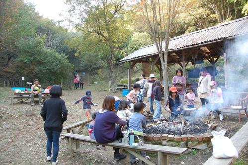 「きのくに子どもNPO」が孝子の森にやってっ来た     by     (TATE-misaki)_c0108460_316344.jpg