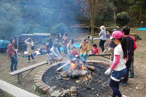 「きのくに子どもNPO」が孝子の森にやってっ来た     by     (TATE-misaki)_c0108460_39225.jpg