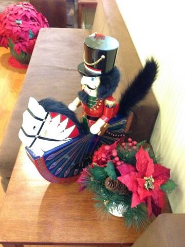 クリスマスの飾り付けをしました!_b0286261_16172069.jpg