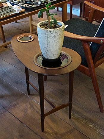 side table_c0139773_17532259.jpg