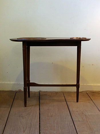 side table_c0139773_17532960.jpg