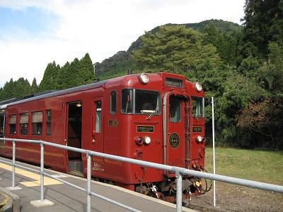 いさぶろう号の旅 矢岳駅_b0228113_14344093.jpg