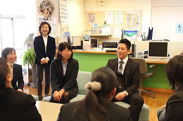 智泉ライセンスカレッジセンター見学_d0070316_17103363.jpg