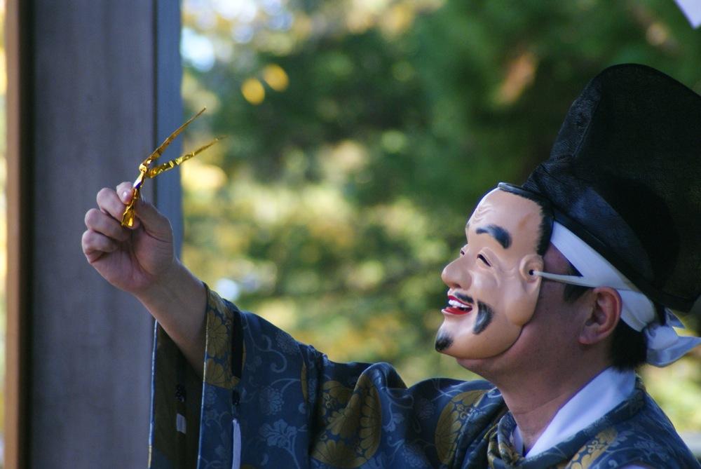 鹽竈神社 本殿へ向かう_d0001843_0211133.jpg