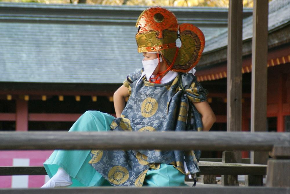 鹽竈神社 本殿へ向かう_d0001843_0241754.jpg
