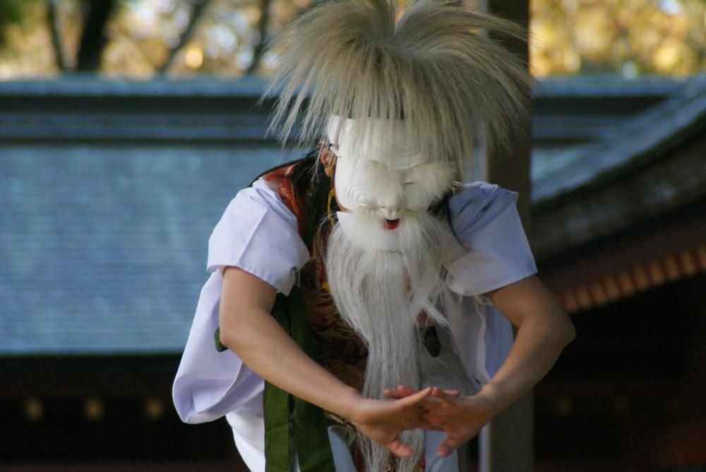 鹽竈神社 本殿へ向かう_d0001843_0263914.jpg