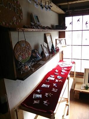 11/30までcafe maruキラキラ市_f0177745_1810168.jpg