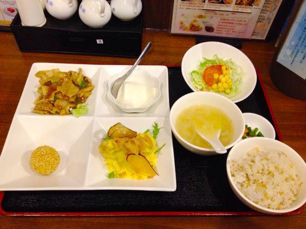 氷花餃子 津新町店_e0292546_21491790.jpg