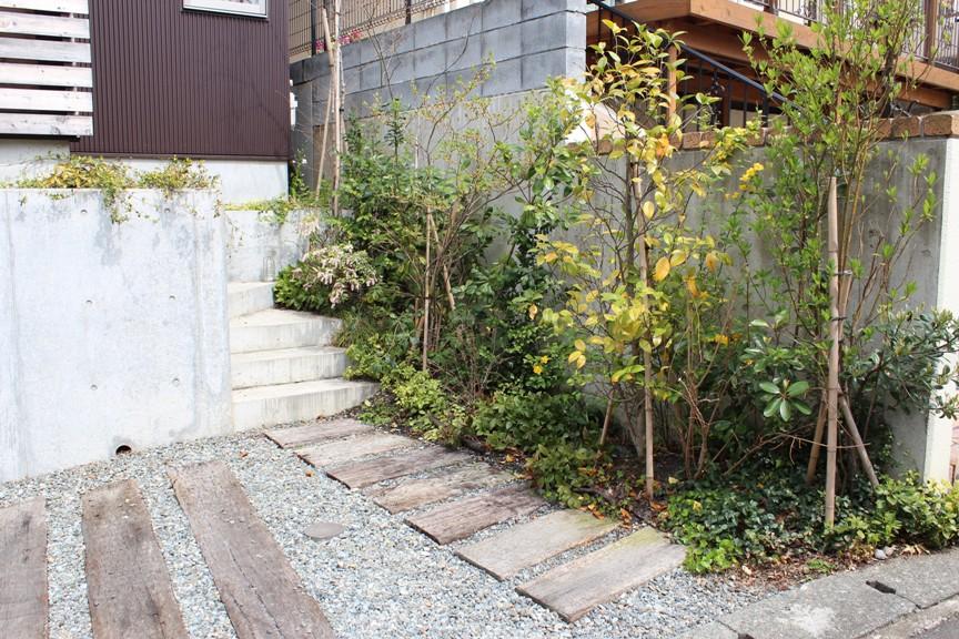 荏田町の家の紹介(1)-外部_c0310571_15523152.jpg