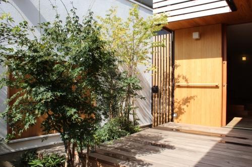 荏田町の家の紹介(1)-外部_c0310571_15574352.jpg