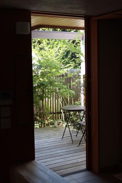 荏田町の家の紹介(3)-2階・中庭_c0310571_16590212.jpg