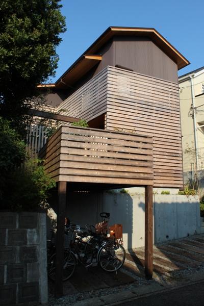 荏田町の家の紹介(3)-2階・中庭_c0310571_17004697.jpg