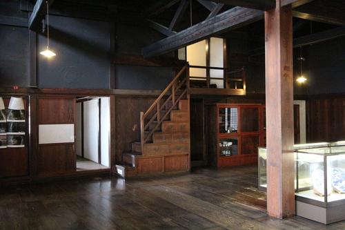 庄内の旅:石置き屋根の風間家「丙申堂」3_e0054299_1065868.jpg