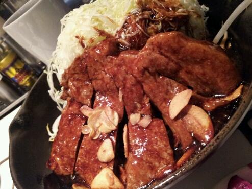 トンテキ食べました♪_b0252508_17205256.jpg