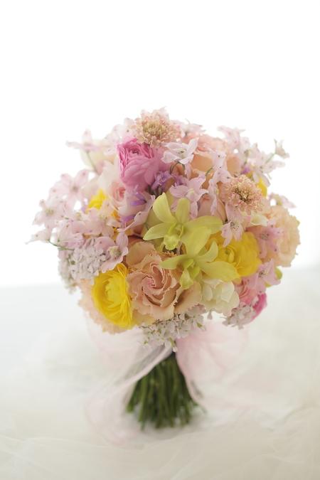 花嫁様を花で飾る 麻布セントメアリー教会様へ_a0042928_2049578.jpg