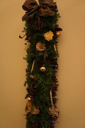 クリスマスの壁飾り_f0155431_21573222.jpg
