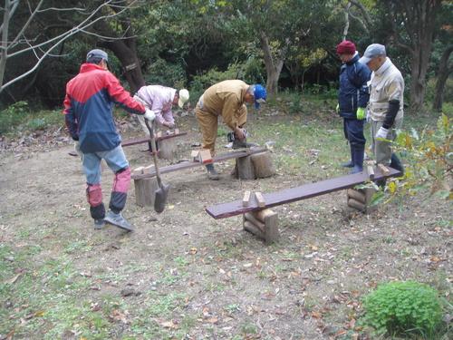 サツマイモ掘り&イベント準備_c0108460_1852848.jpg