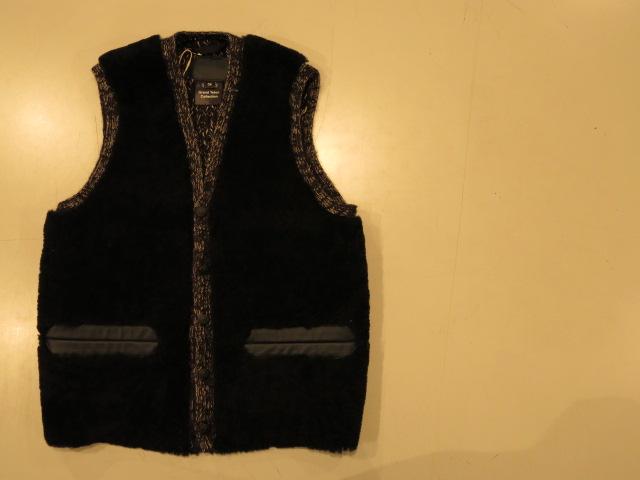 "\""Rocky Mountain Featherbed GRAND TETON COLLECTION Sheepskin Vest\""ってこんなこと。_c0140560_17344580.jpg"
