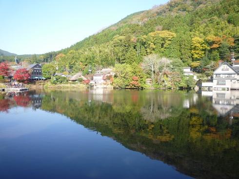 亀の井別荘。。。健太郎さんのお招きで。。。錦秋の湯布院へ。。。。☆⊹⊱..☆*:.。.☆*†_a0053662_14574691.jpg