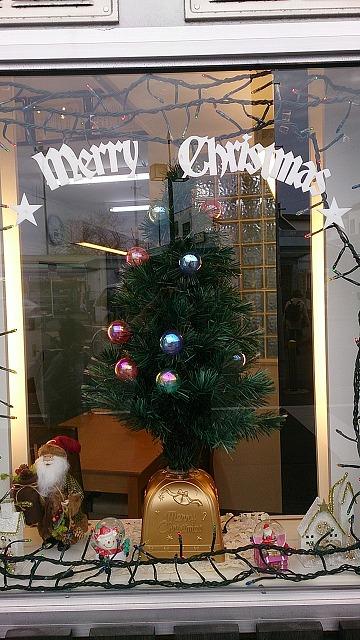 もうすぐクリスマス_e0190287_17473950.jpg