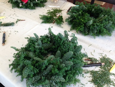 クリスマスリース_a0273699_12414850.jpg