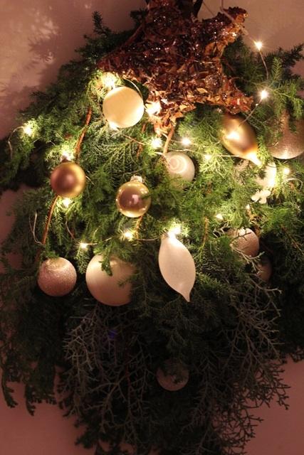 クリスマスに向けて初「スワッグ」を作りましたo(^▽^)o_a0213806_19139.jpg