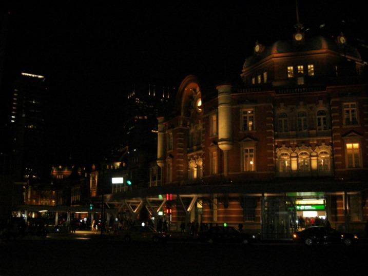 祝!改築1周年。東京駅。_b0081121_652860.jpg