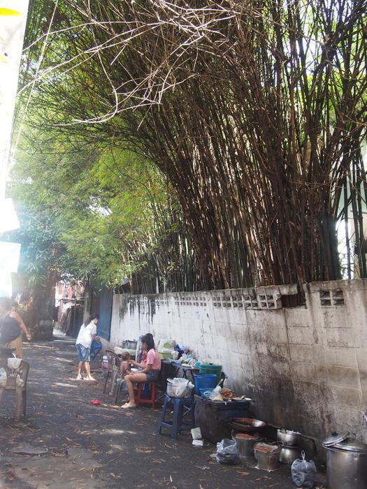 2013 11月 バンコク(35) ストリートフード-屋台が美味い_f0062122_8574162.jpg
