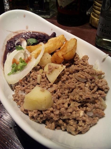 blog;金曜日は、最高の乾杯を~下北沢キューバ家庭料理名店ボデギータ~_a0103940_05364904.jpg