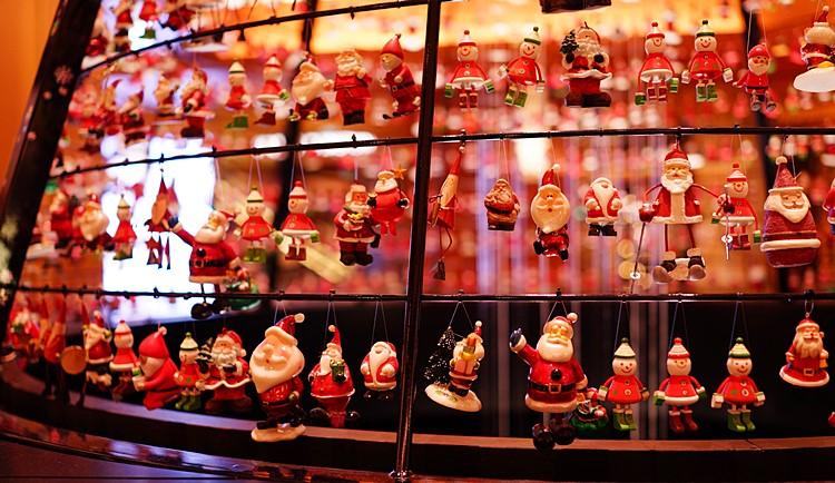 サンタさんがいっぱい!六本木ミッドタウンのクリスマス_b0145398_19394797.jpg
