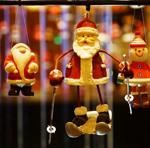 サンタさんがいっぱい!六本木ミッドタウンのクリスマス_b0145398_19474174.jpg