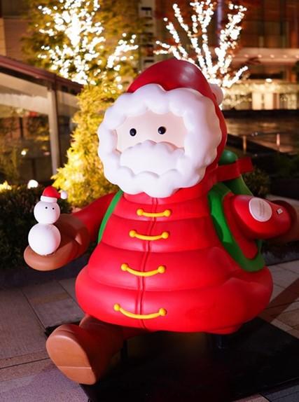 サンタさんがいっぱい!六本木ミッドタウンのクリスマス_b0145398_19545086.jpg