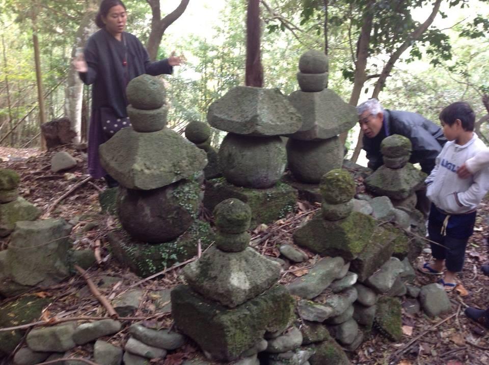 都甲の重要な水神様の祠や池、井戸_f0071303_22134062.jpg