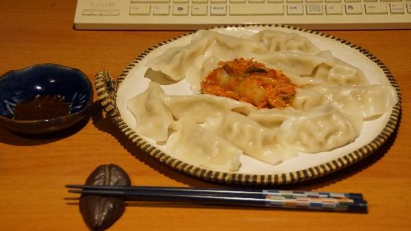 夕飯は水餃子_e0166355_19224111.jpg