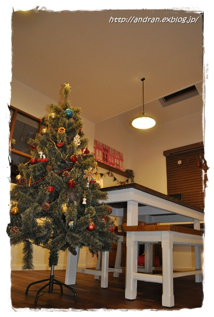 クリスマスツリー、ツリー、ツリー、ツリー、、、_c0176271_23244821.jpg