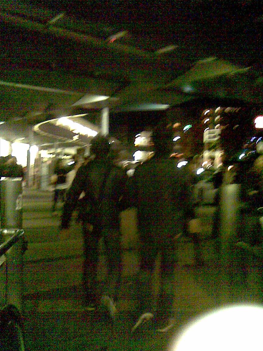 11/26伯爵宅でワインパーティ、11/27hiro氏と飲み_d0061678_13322979.jpg