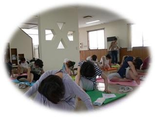 看護職のためのヨーガ体験教室~身体から心へ…リラックスしましょう_d0250505_13271146.jpg